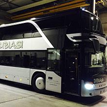 Noleggio autobus e pullman bolzano dibiasi bus for Piani a due piani moderni